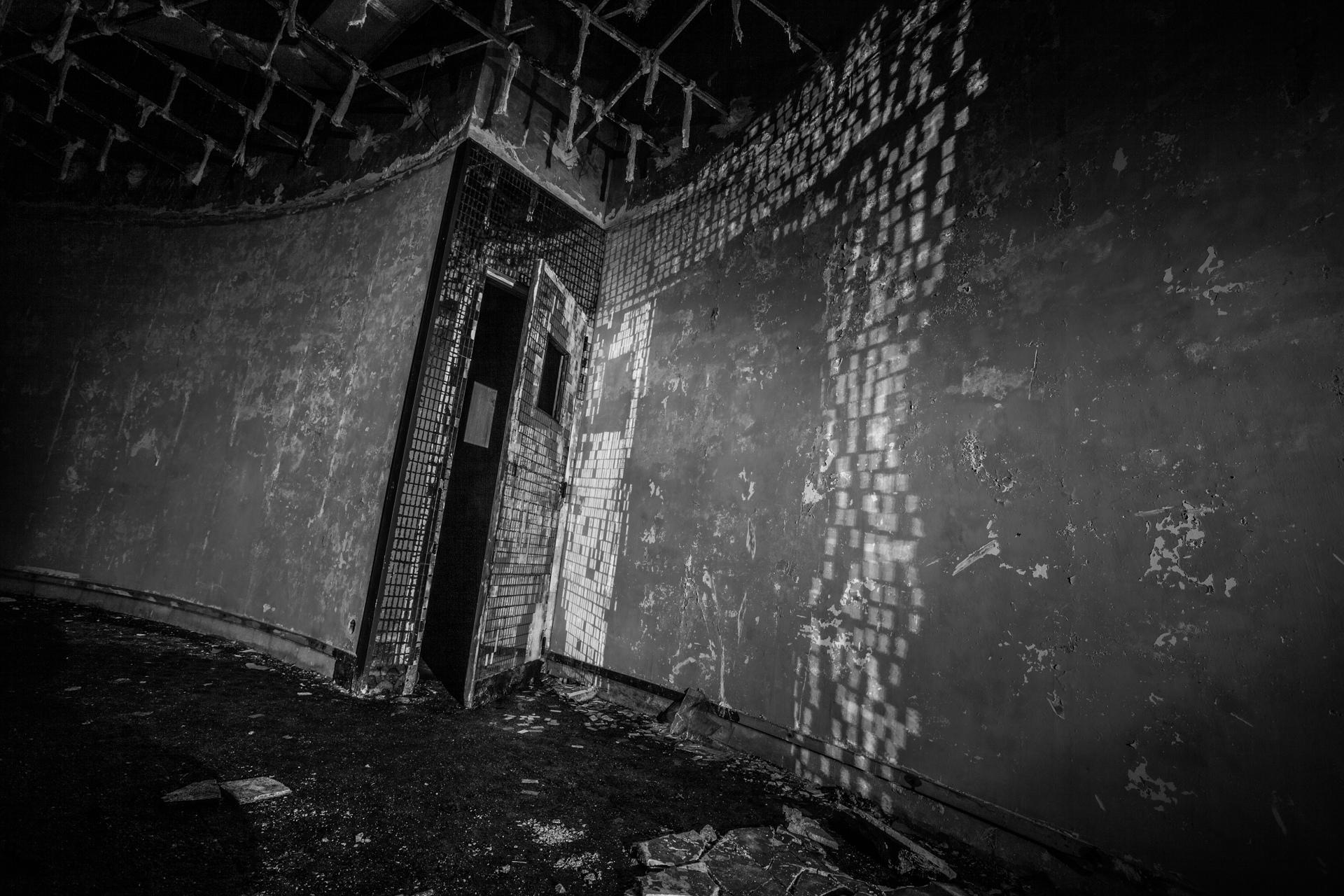 Urbex - Hotel Monte Palace - Dance Into The Dark