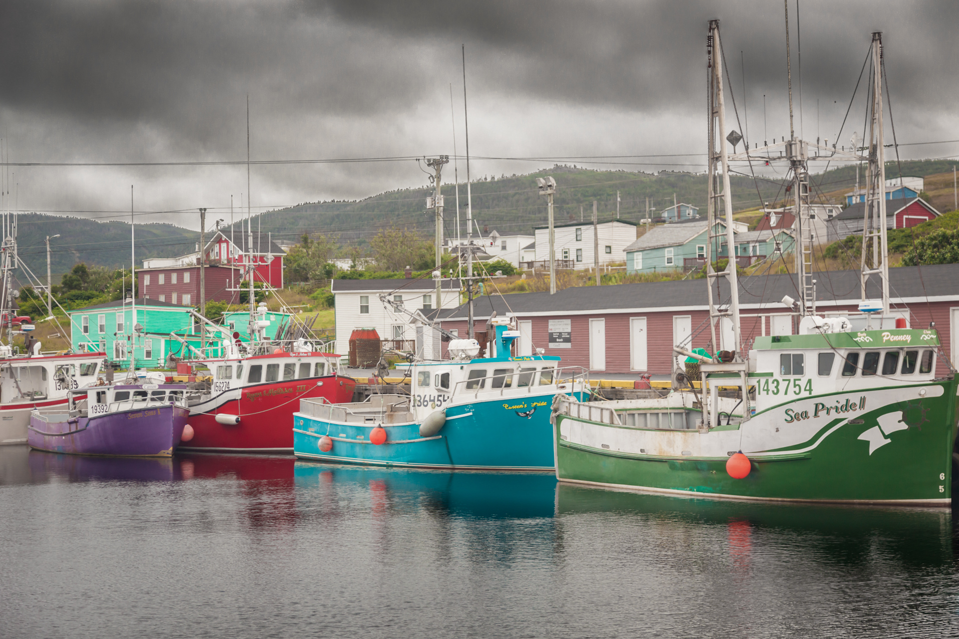 Landscapes - Newfoundland - Rainbow Boats