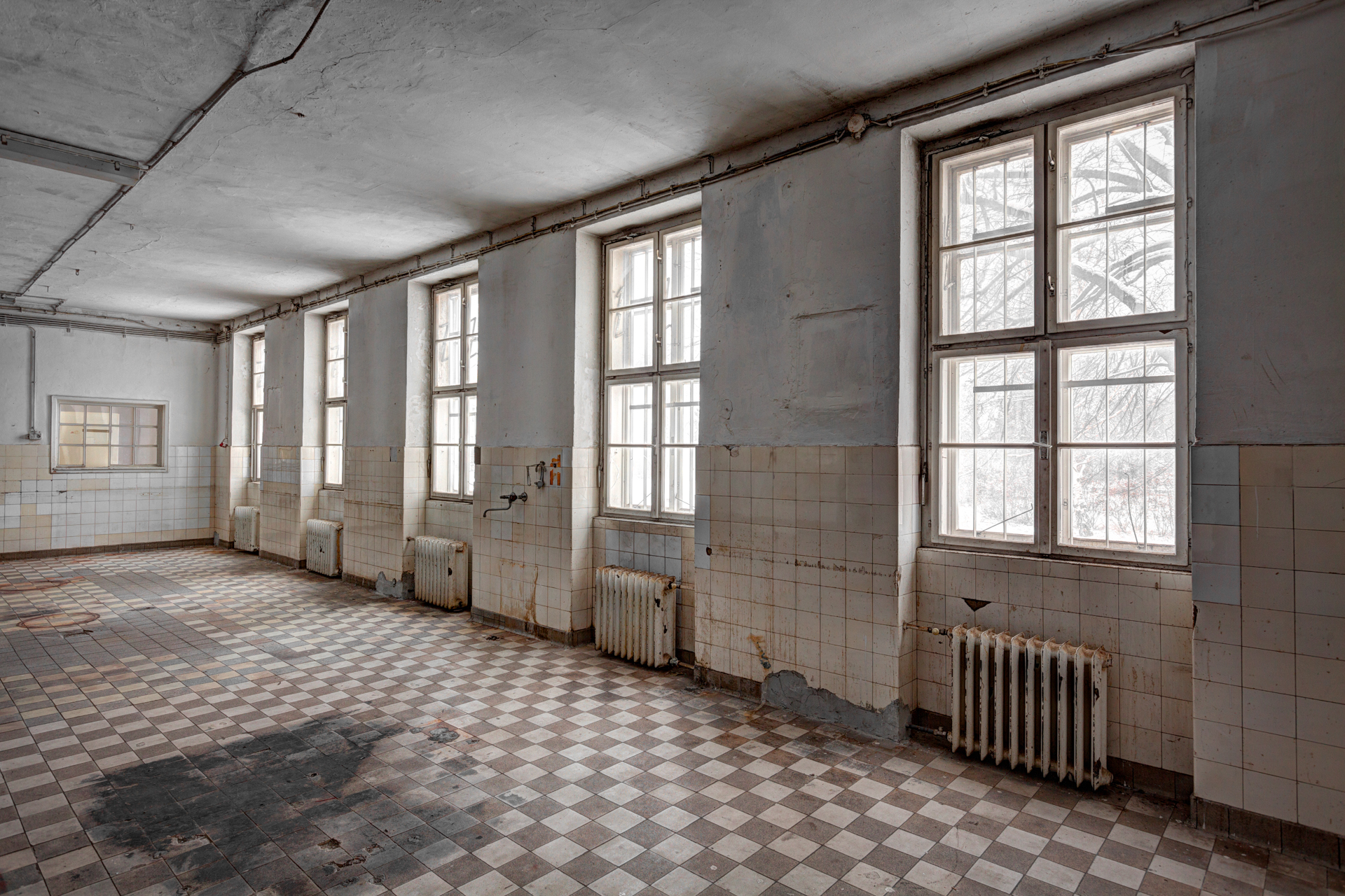 Urban Exploration - Cold Casern - Closed Kitchen