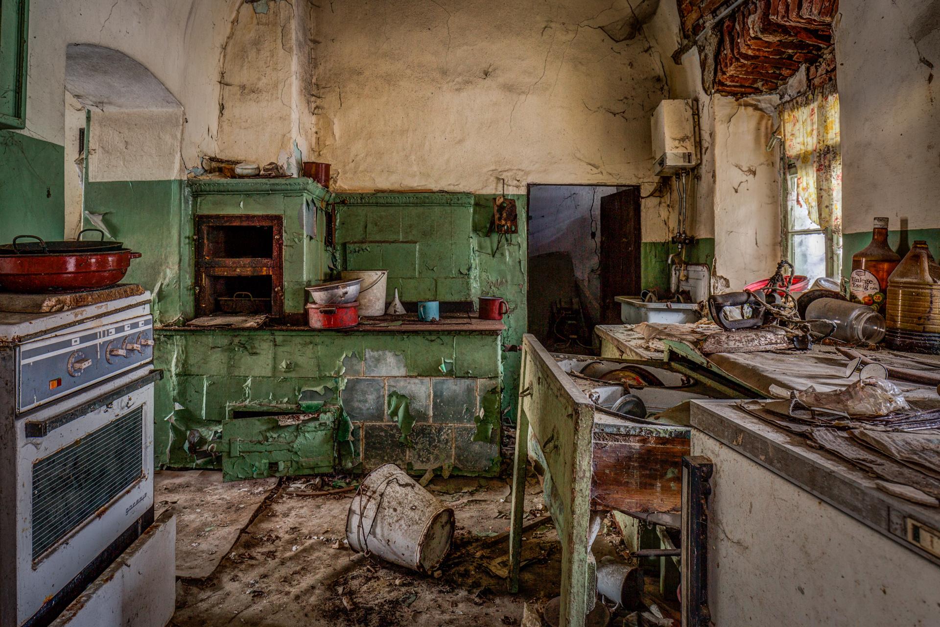 Urban Exploration - Farmhouse Bed and Breakfast - Redundancy