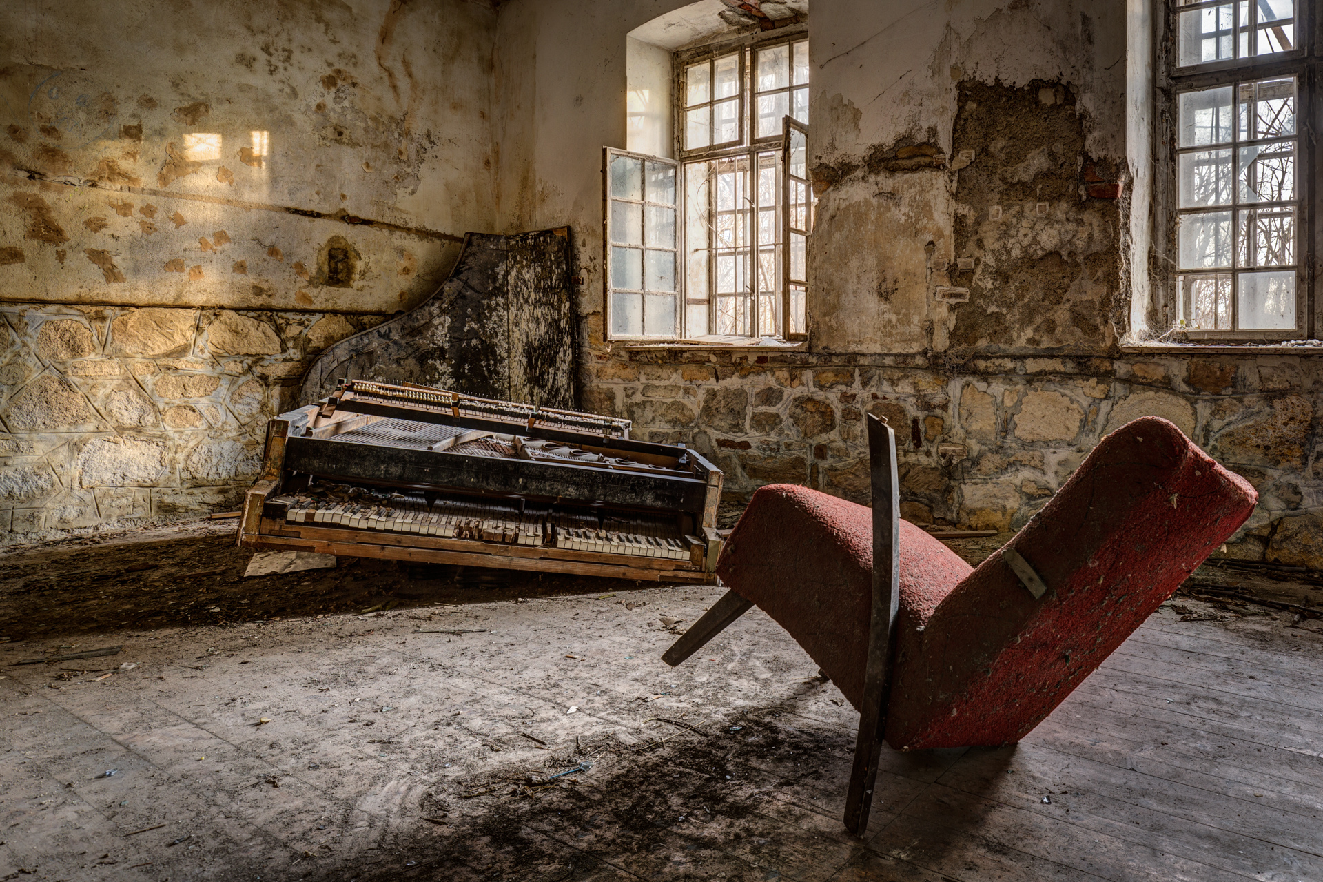 Urban Exploration - Grand Piano Weaving Mill - Chamber Music