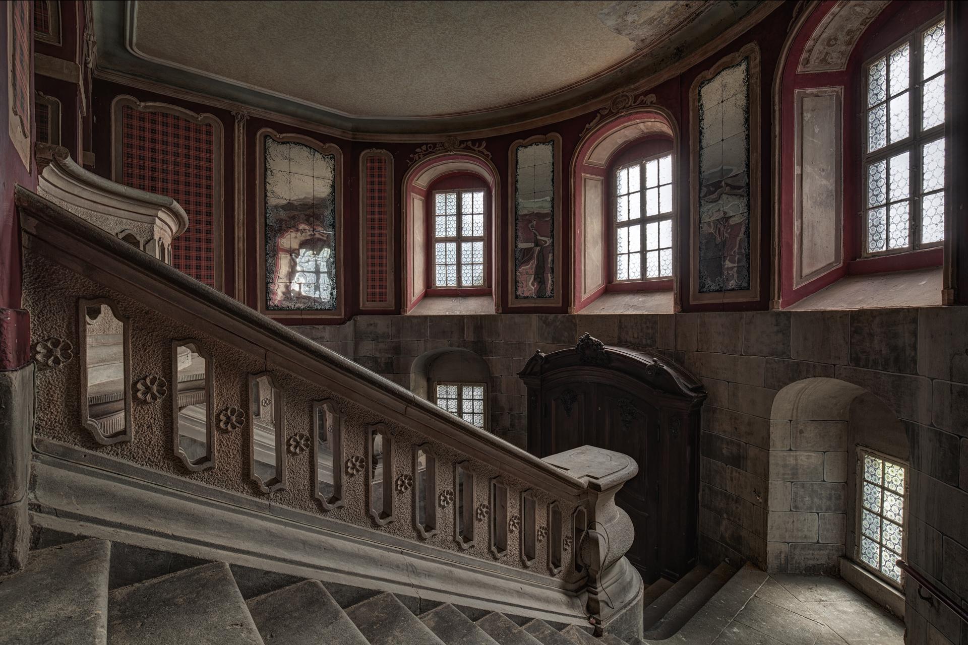 Mansion Foyer Xl : Foyer banister bottled lights