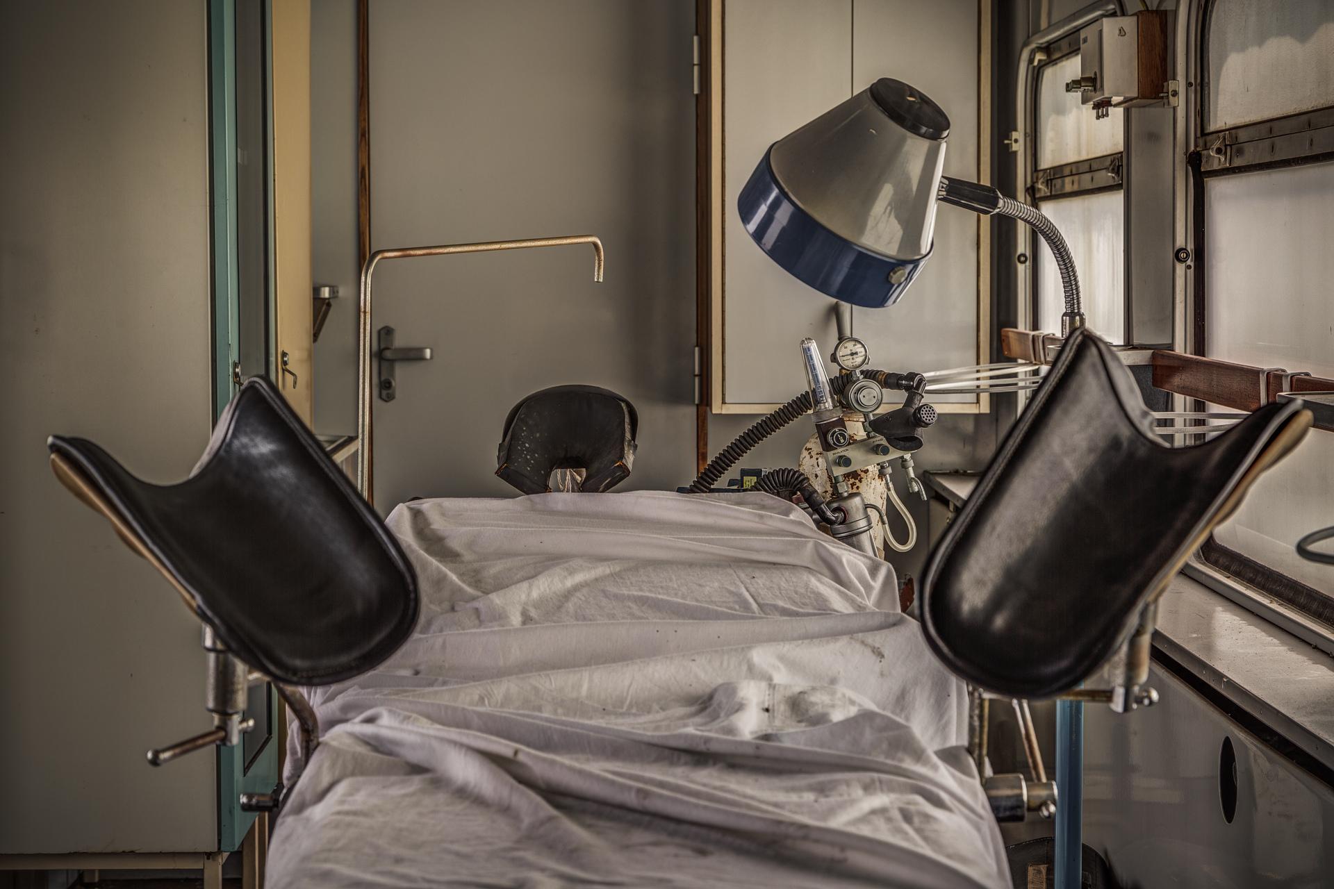 Urban Exploration - The MASH Train - Invisible Patient