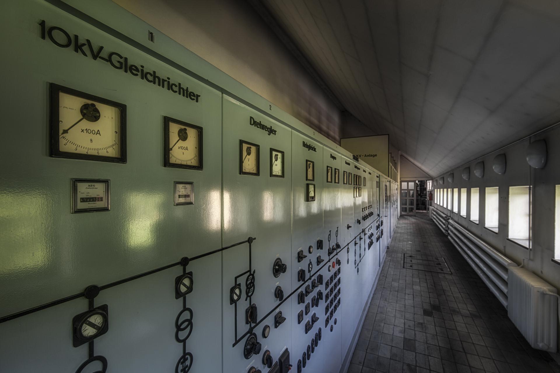 Urban Exploration - Propaganda Bullhorn - Power Alley