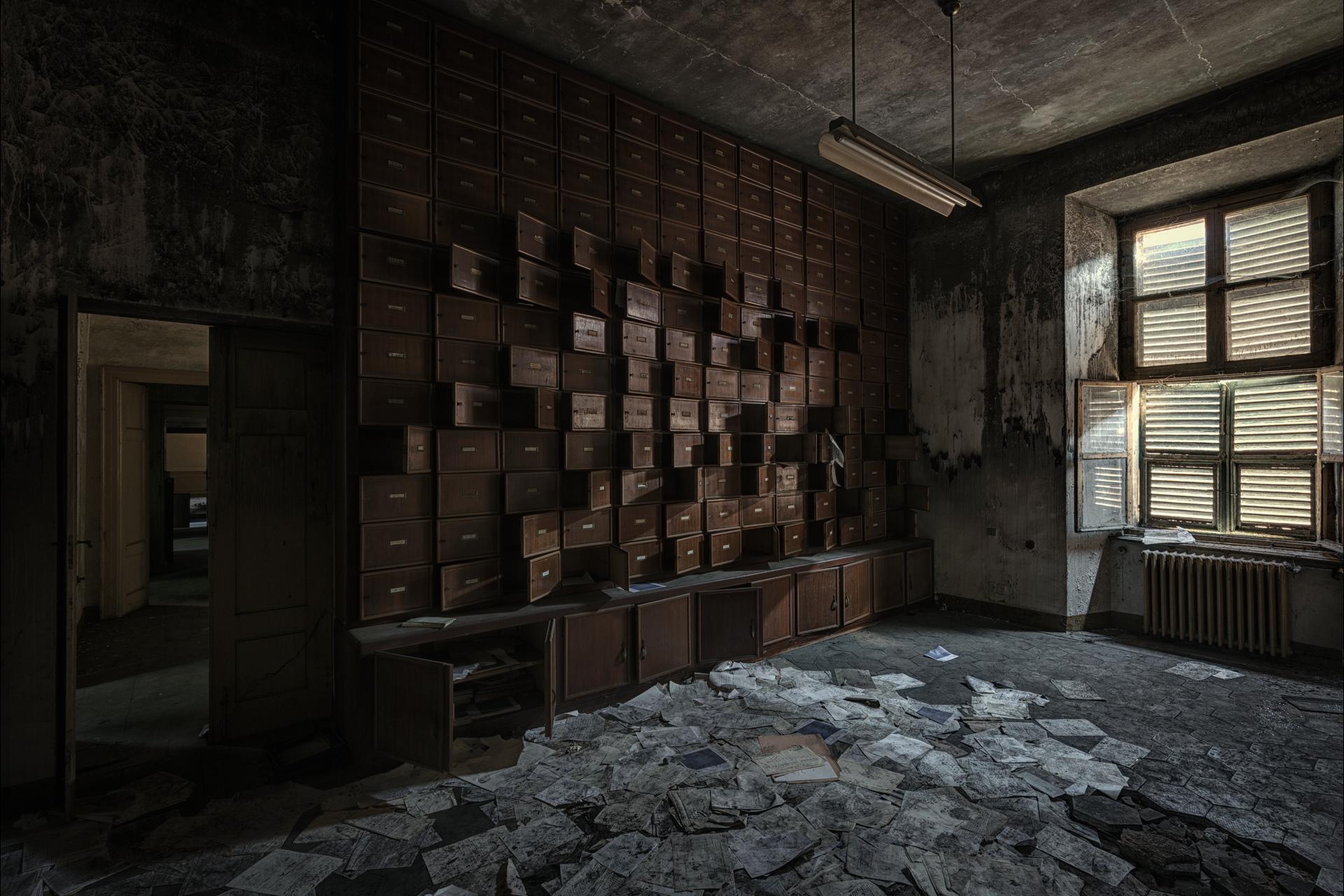 Urban Exploration - Manicomio Dr. Rossetti - File System