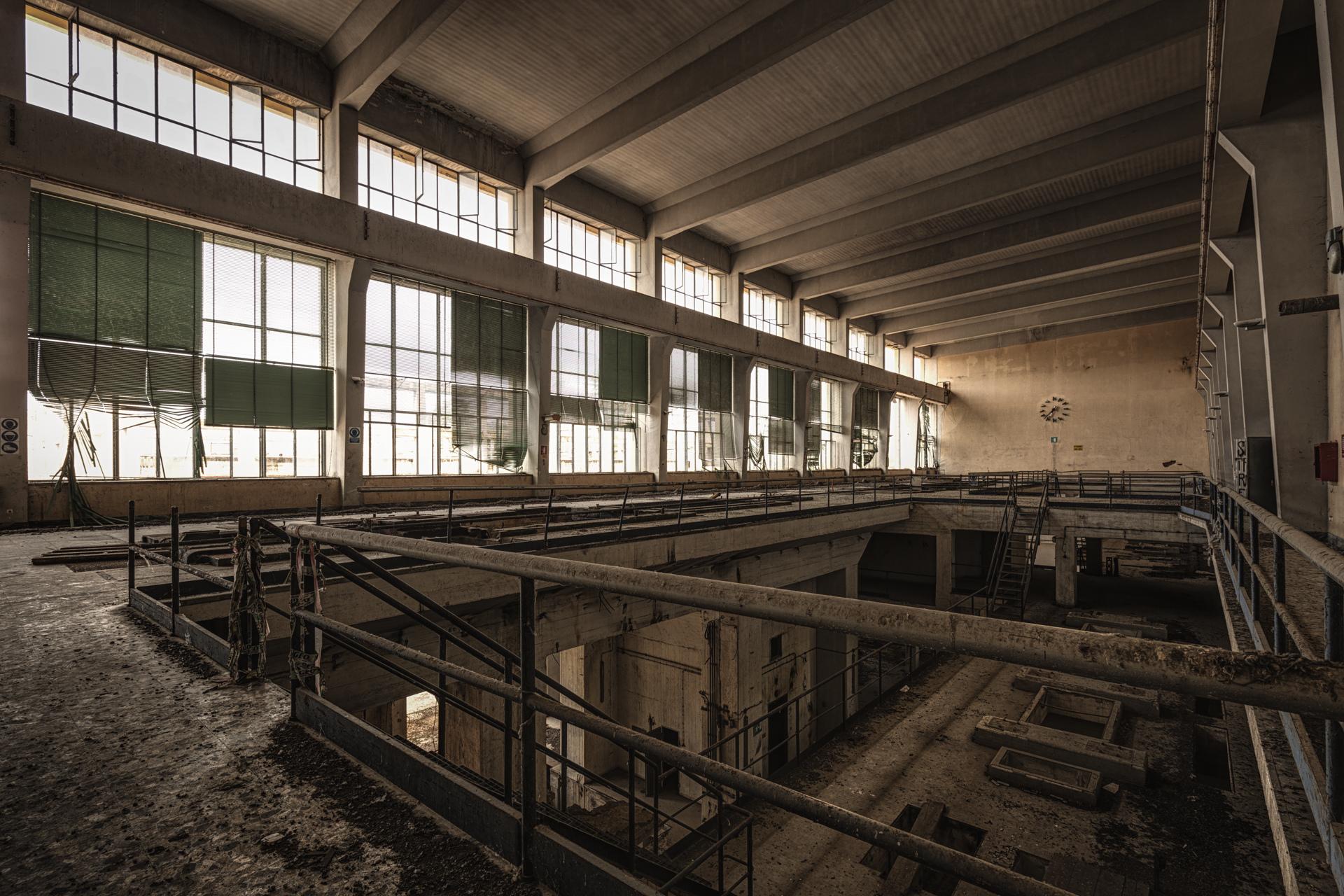 Urban Exploration - Powerplant Elettrica - Hall of Energy