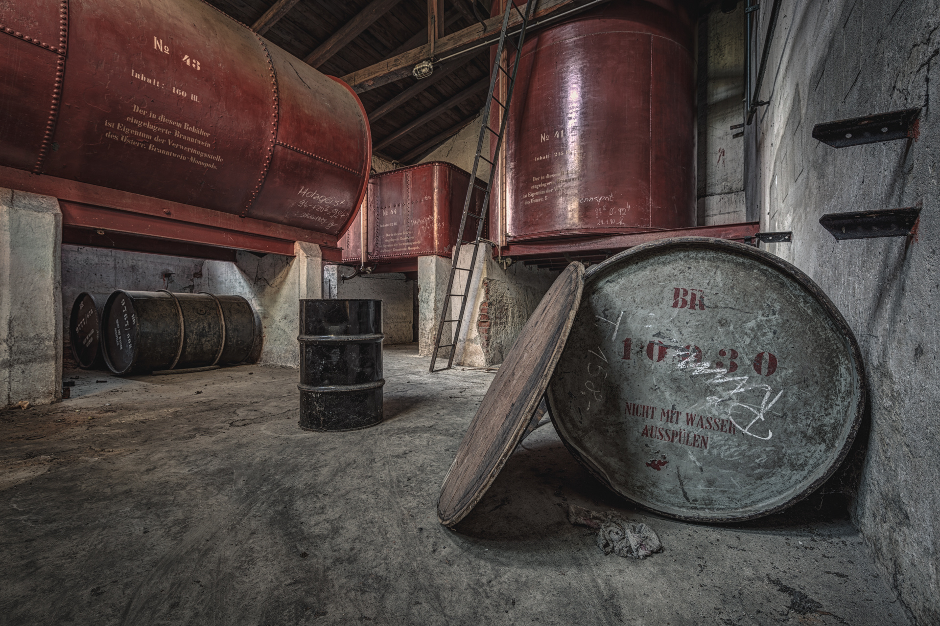 Urban Exploration - Broken Brewery - Brandy Tank