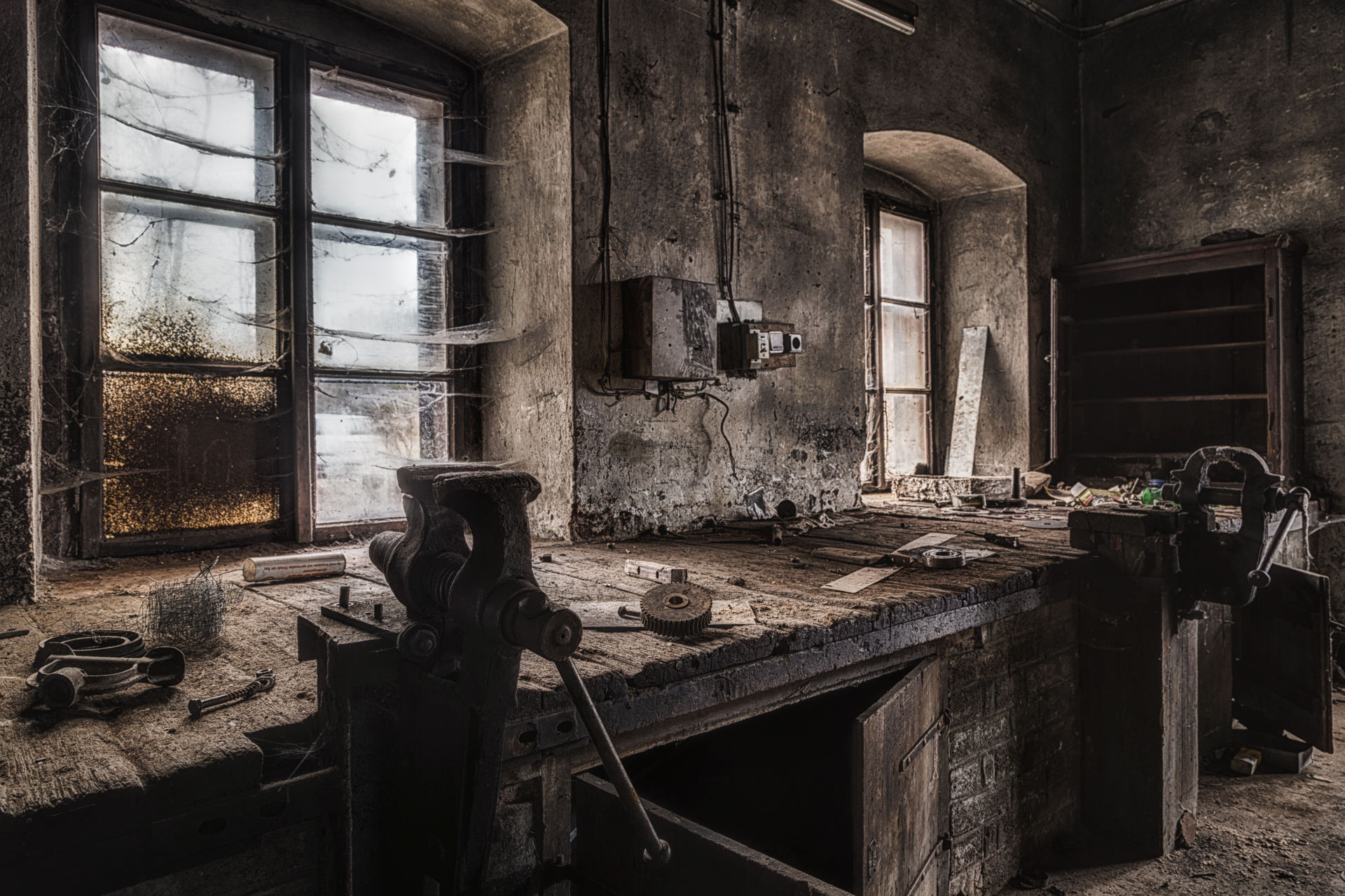 Urban Exploration - The Valiant Little Tailor - Winter Workshop